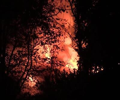 Yangında 3 katlı konak zarar gördü
