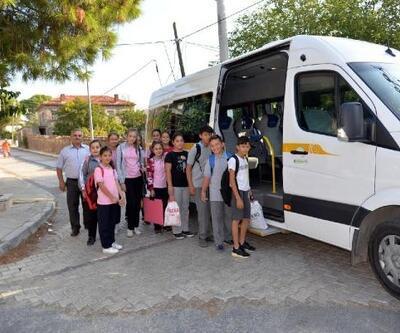Menemen Belediyesi'nden o öğrenciler için araç tahsisi