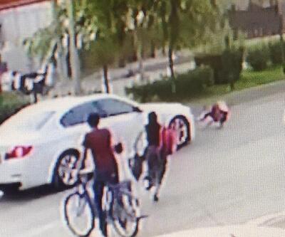 Otomobil yaya geçidindeki küçük kıza çarptı