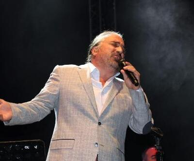 Volkan Konak, Çeşme'de konser verdi