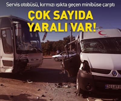Servis otobüsü, kırmızı ışıkta geçen minibüse çarptı