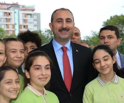 Bakan Gül, şehit savcı Uzun adına bilişim sınıfı açtı