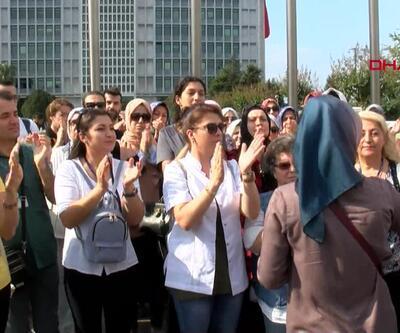 Öğretmenler İBB önünde toplandı