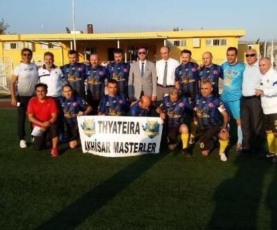 Bandırma'da Masterler Futbol Turnuvası başladı