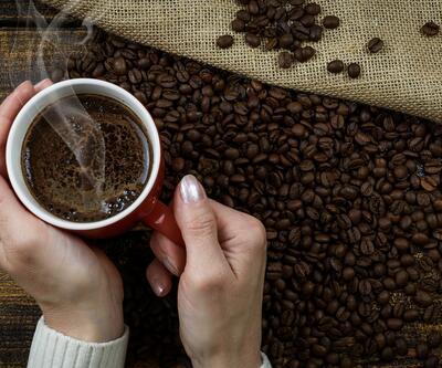 Çay ve kahve tiryakilerine önemli uyarı! O hastalığı tetikliyor