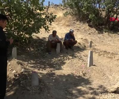 Servis kazasında ölen 3 kardeş, yan yana toprağa verildi
