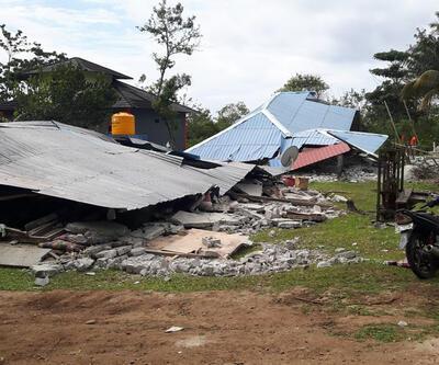 Endonezya'daki depremde 30 kişi öldü