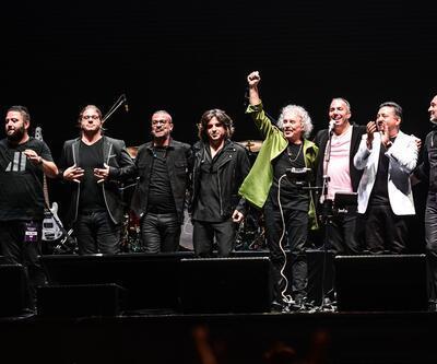Yeni Türkü'den 40. yıl konseri