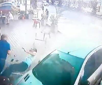 Otomobil pastaneye daldı