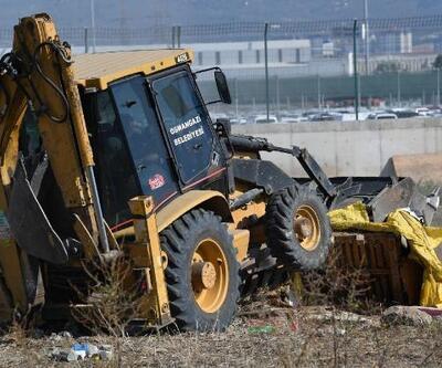 Bursa'da kaçak ağıl ve kümesler yıkıldı