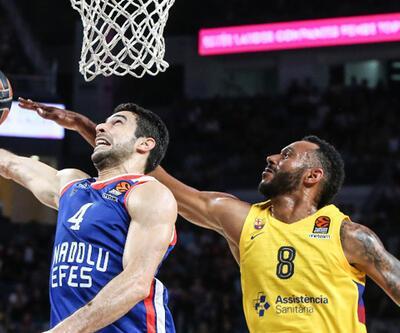 Anadolu Efes: 64 - Barcelona: 74