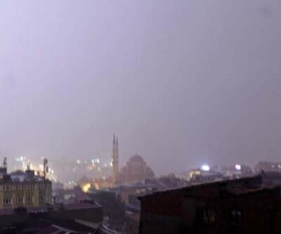 Ve beklenen yağış İstanbul'da başladı! Peki kaç gün sürecek?