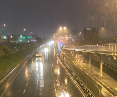 İstanbul'da sağanak yağış etkili olmaya başladı!