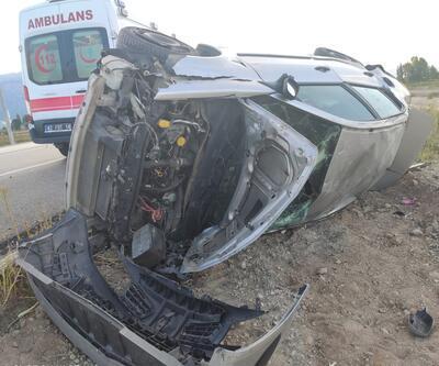 Otomobil devrildi: anne yaralandı, kızı öldü