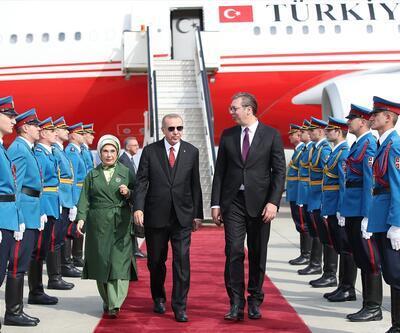Sırbistan Cumhurbaşkanı Vucic, Cumhurbaşkanı Erdoğan'ı havalimanında karşıladı