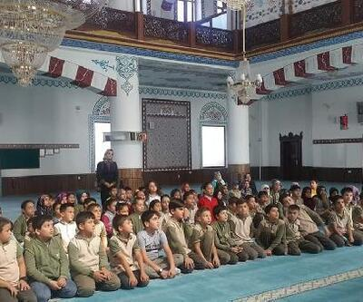 Öğrenciler, Mehmetçik için dua etti