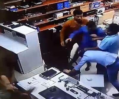 İş yeri basıp içeridekileri dövdüler