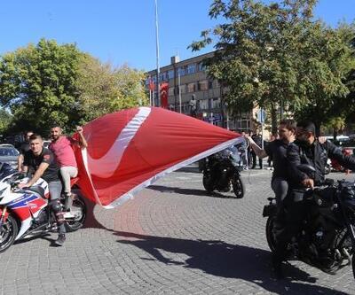 Avanos'ta motor tutkunlarından Barış Harekatına destek konvoyu