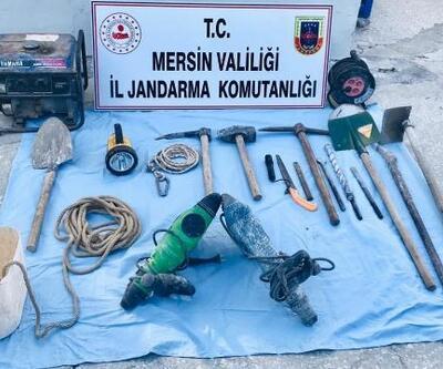 Mersin'de kaçak kazıya 2 gözaltı