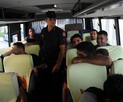 Antalya'da 60 kaçak yakalandı