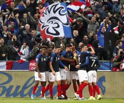Fransa tribününde skandal pankart! UEFA'dan ceza gelecek mi?