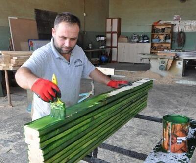 Toroslar, kent mobilyalarını üretiyor