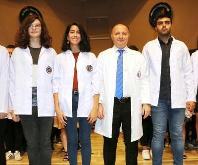 290 doktor adayı beyaz önlük giydi