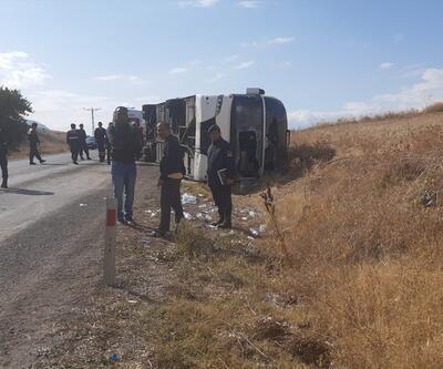 Son dakika... Tur otobüsü devrildi: 1 ölü, 30 yaralı