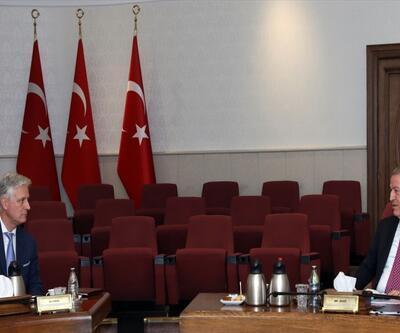 Bakan Akar, ABD heyeti ile görüştü