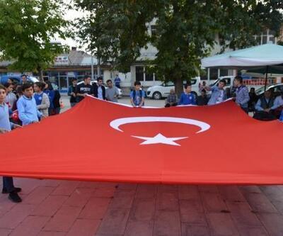 Gölova'da, Barış Pınarı Harekatı'na destek yürüyüşü