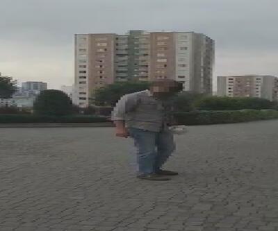 Vicdansız adam, site bahçesindeki kedileri zehirlemeye çalışırken yakalandı