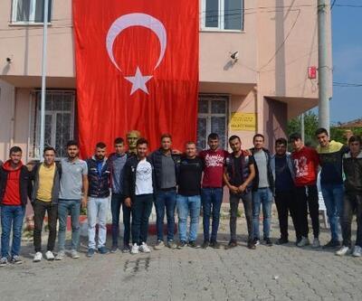 Şavaştepeli gençlerden harekata destek