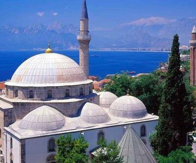 Antalya Cuma namazı saati -18 Ekim: Antalya Cuma saati kaçta?
