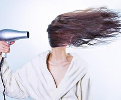 Düzensiz beslenme saçları döküyor
