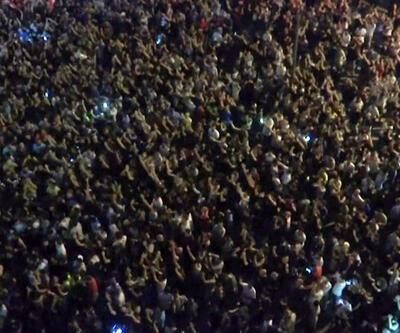 Lübnan'da WhatsApp protestosu: 2 ölü