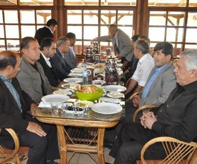 Başkan Ekinci, muhtarlarla kahvaltıda buluştu