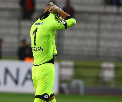 Serkan Kırıntılı futbol tarihine geçti