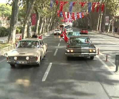 96. yıla özel 96 klasik otomobil ile konvoy