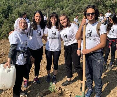Bucalı öğrencilerden '29 Ekim Doğa Yürüyüşü'
