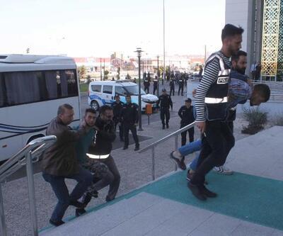 1'i polis 2 kişinin yaralandığı silahlı çatışmaya 2 tutuklama