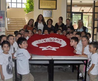 Üniversite öğrencileri ile ilkokul öğrencilerinden atölye çalışması