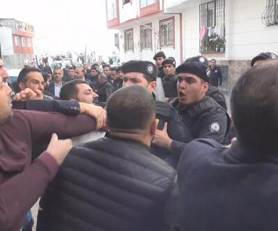 Esenyurt'ta taciz gerginliği! Mahalleli sokağa döküldü