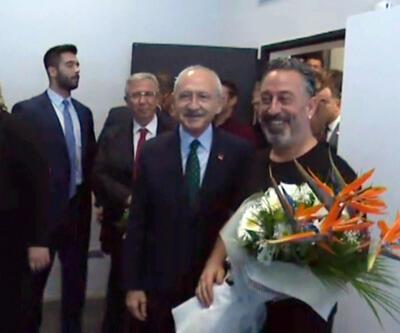 CHP lideri Kılıçdaroğlu, Cem Yılmaz'ın gösterisini izledi