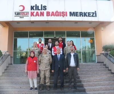 Jandarmadan Kızılay merkezine anlamlı ziyaret