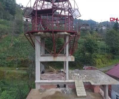 Köyüne gözlem kulesi inşa etti