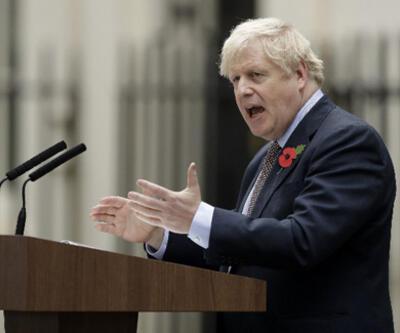 İngiltere'de seçim kampanyasının ilk gününde bir bakan istifa etti