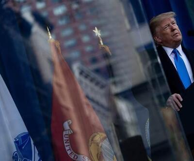 Dikkat çeken kareler! Trump, kurşun geçirmez camın arkasından konuştu