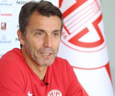 Bülent Korkmaz Antalyaspor'dan ayrıldı