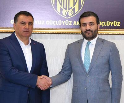 Mustafa Kaplan Ankaragücü'ne imza attı