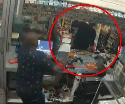 Hırsıza süpürgeli müdahale